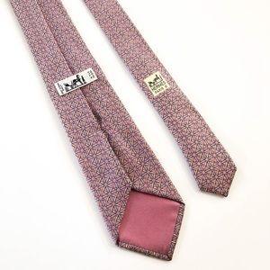 EUC MENS HERMÈS Paris Silk geometric pink tie